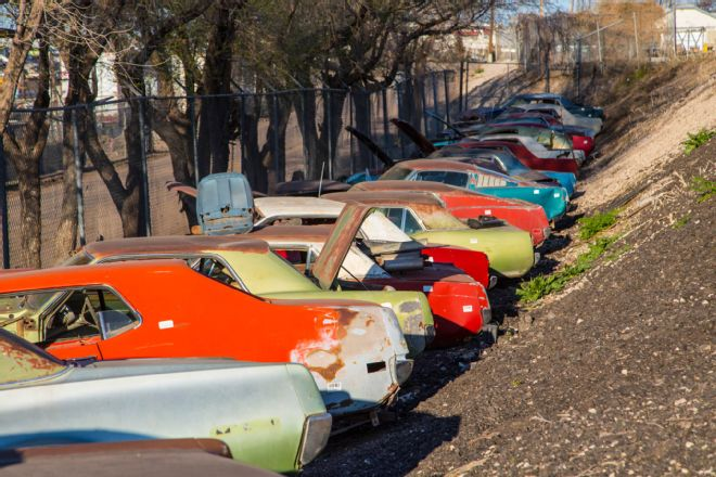 118 Colorado Auto Parts Junkyard Musclecars Classics Wrecking Yard Mach1 Mustang Cougar